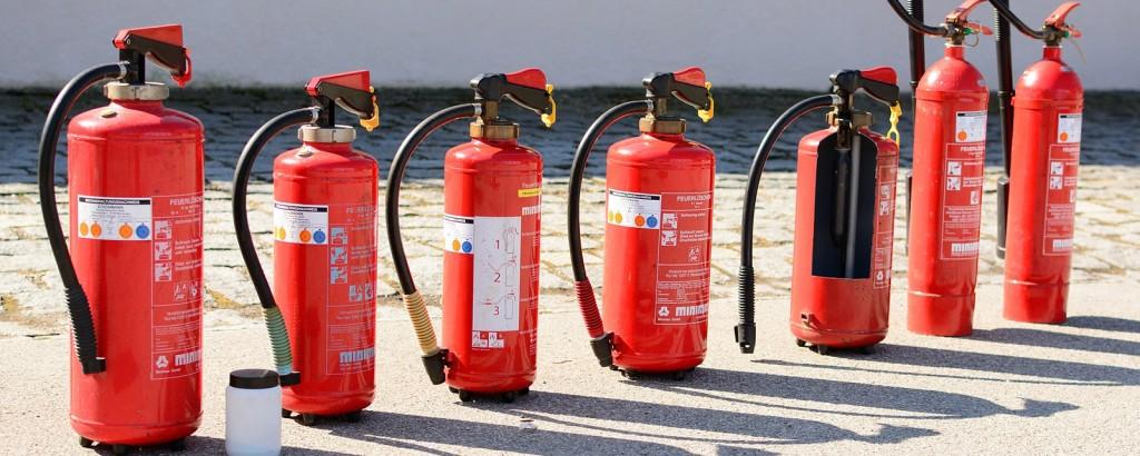 Ermittlung von Prüffristen für betriebliche Brandschutz- und Feuerlöscheinrichtungen