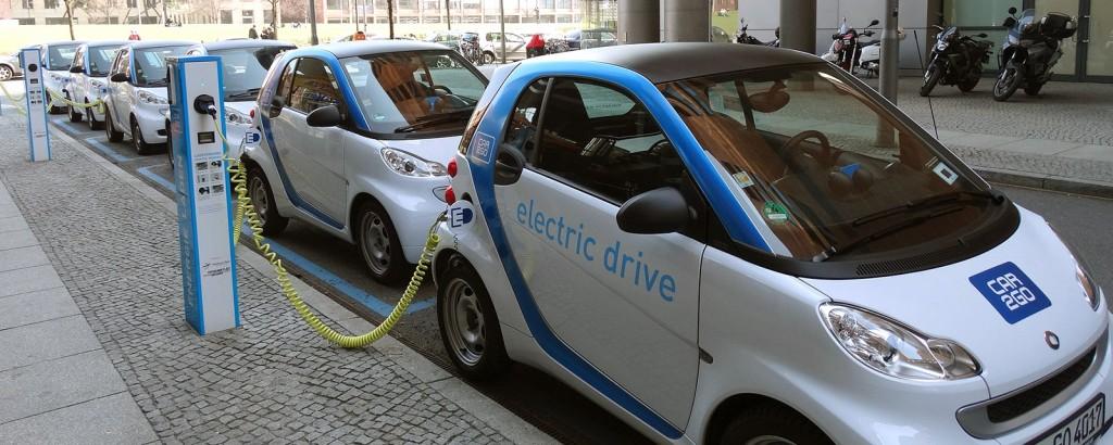 Elektromobilität: Normen und Standards