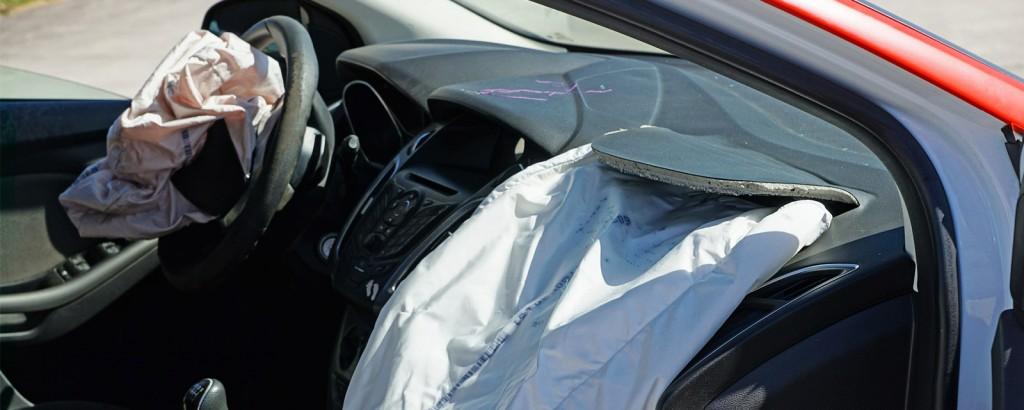 Zur Prüfung befähigte Person von pyrotechnischen Arbeitsmitteln (Airbags)